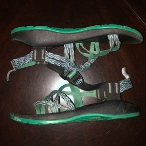 Women's Chacos Hiking Sandals In Green and Black